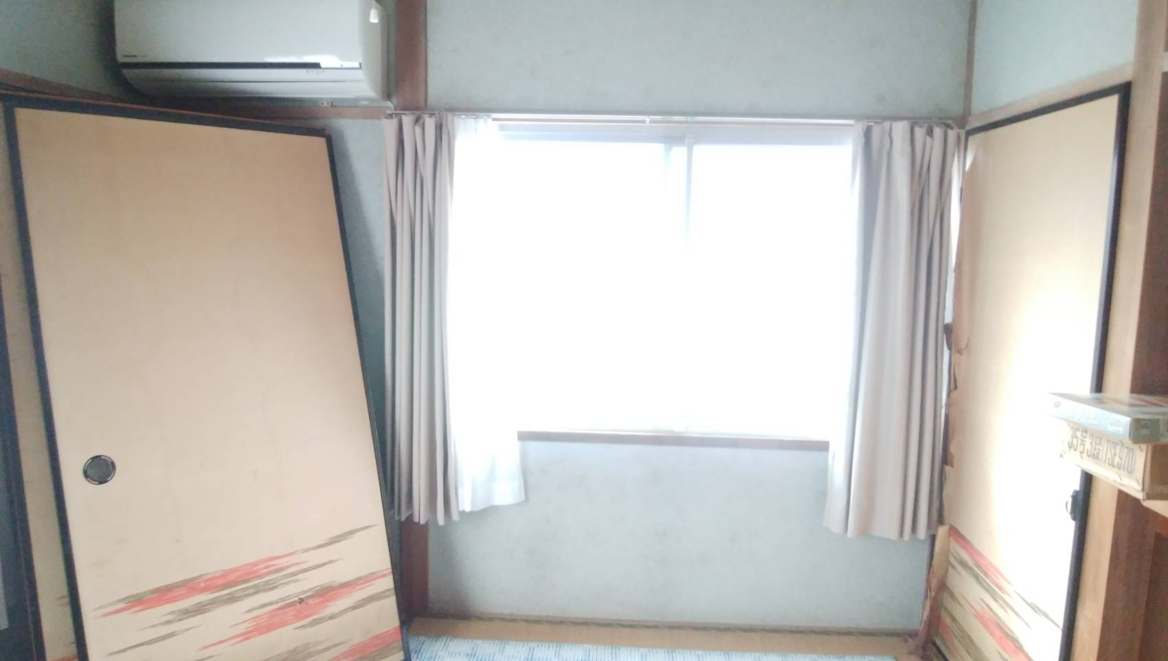 ギャラリーパティオの和室⇒洋室 リフォーム 窓編の施工前の写真1