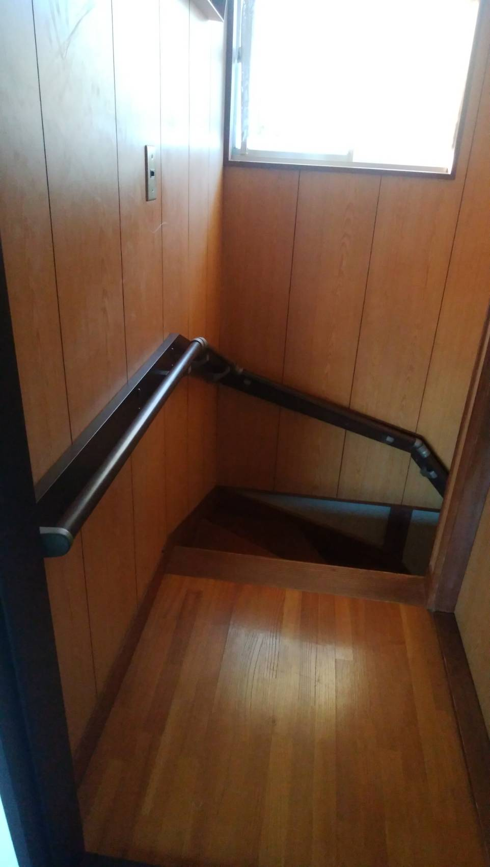 階段 手摺 後付け ギャラリーパティオの現場ブログ メイン写真
