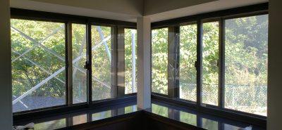 施工事例:インプラス コーナー出窓