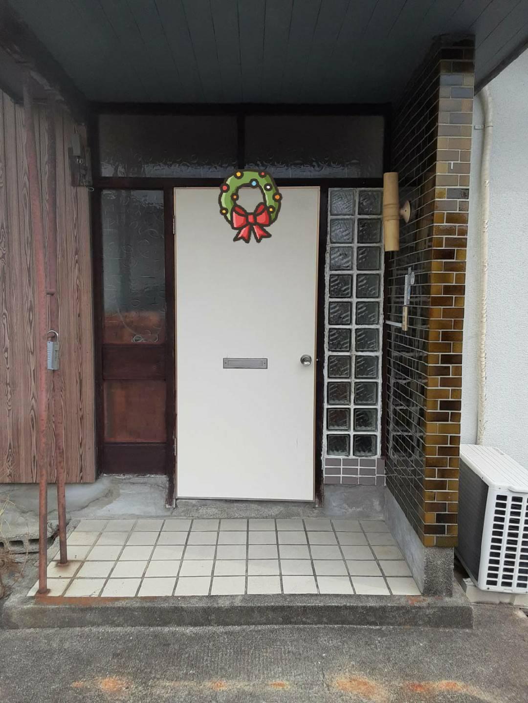 ギャラリーパティオの貸家 ドア交換の施工前の写真1