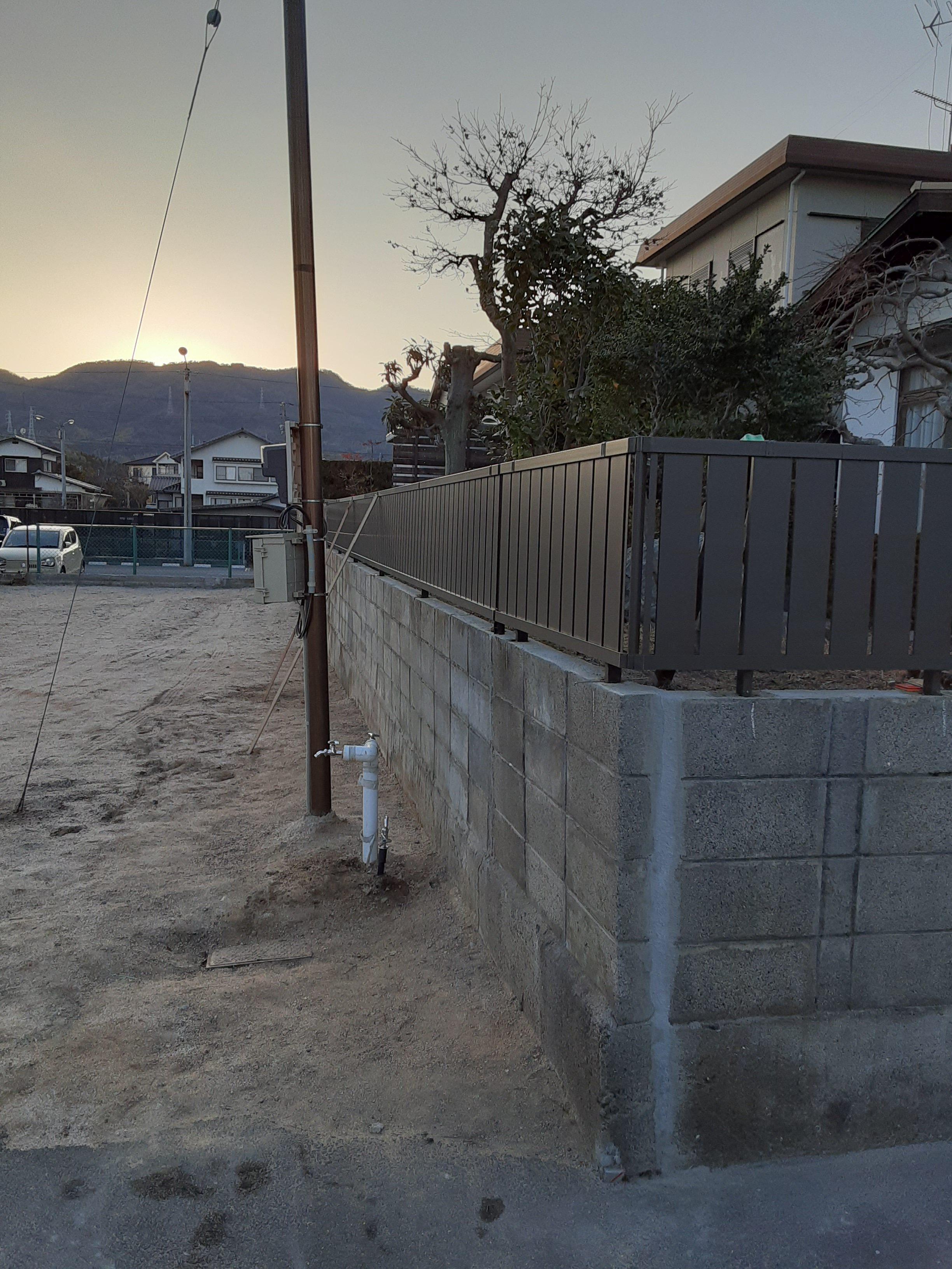 ギャラリーパティオのフェンス工事 及び ブロック塀補修工事の施工後の写真2