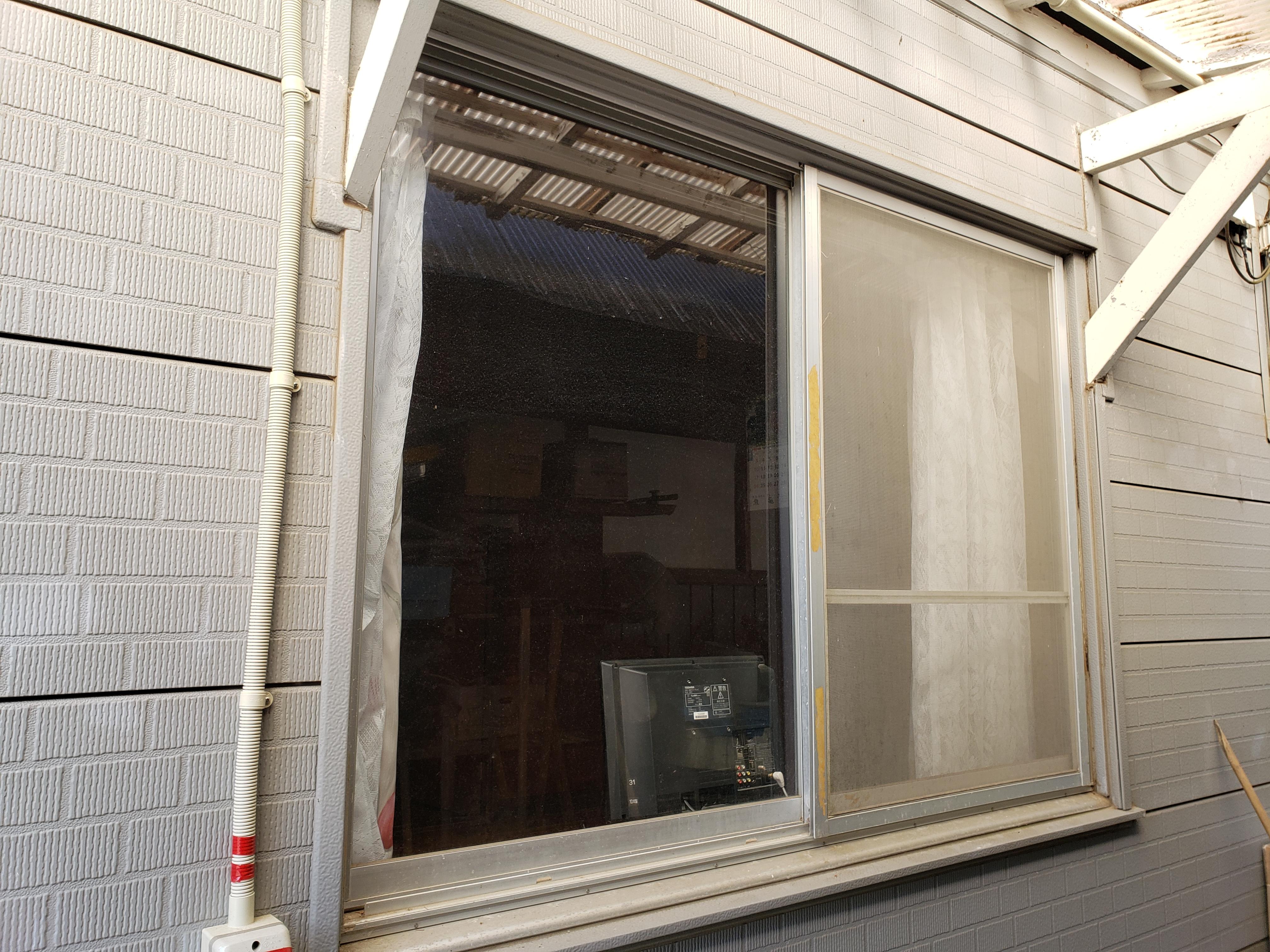 ギャラリーパティオの窓 交換 リプラスの施工前の写真1